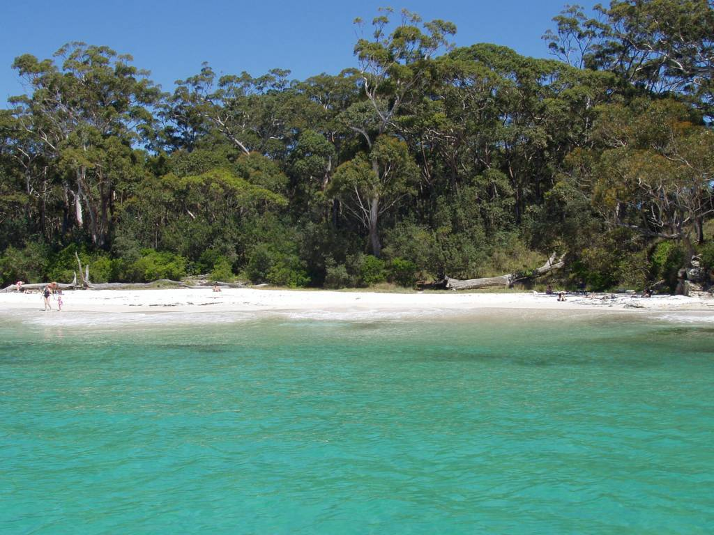 jervis-bay-beach